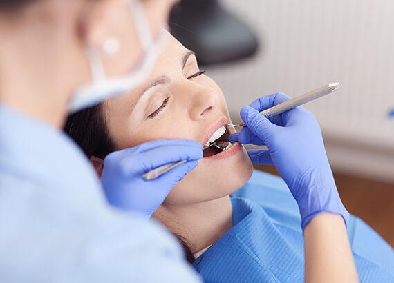Имплантация зубов во сне